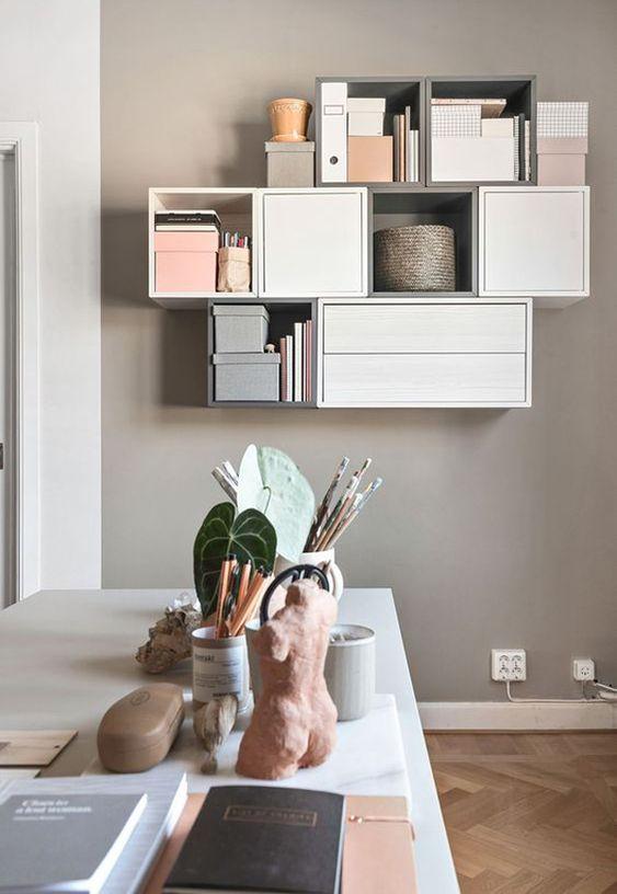 Kleine woonkamer wandkast