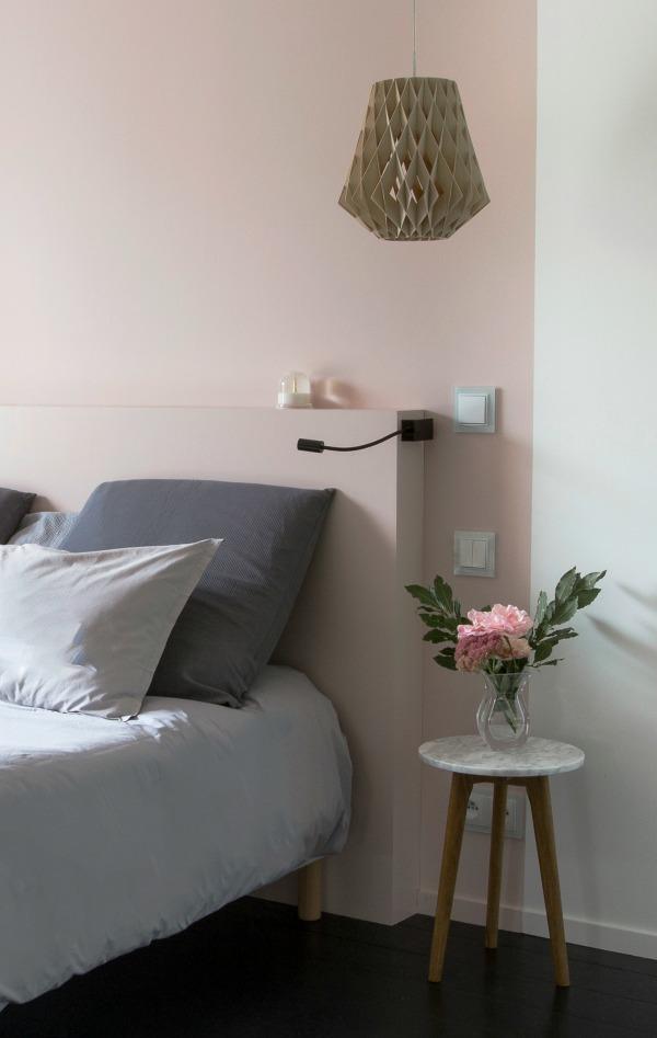 Een muurtje achter het bed homease for Bed in de muur