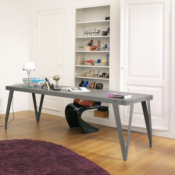 Lloyd table tafel