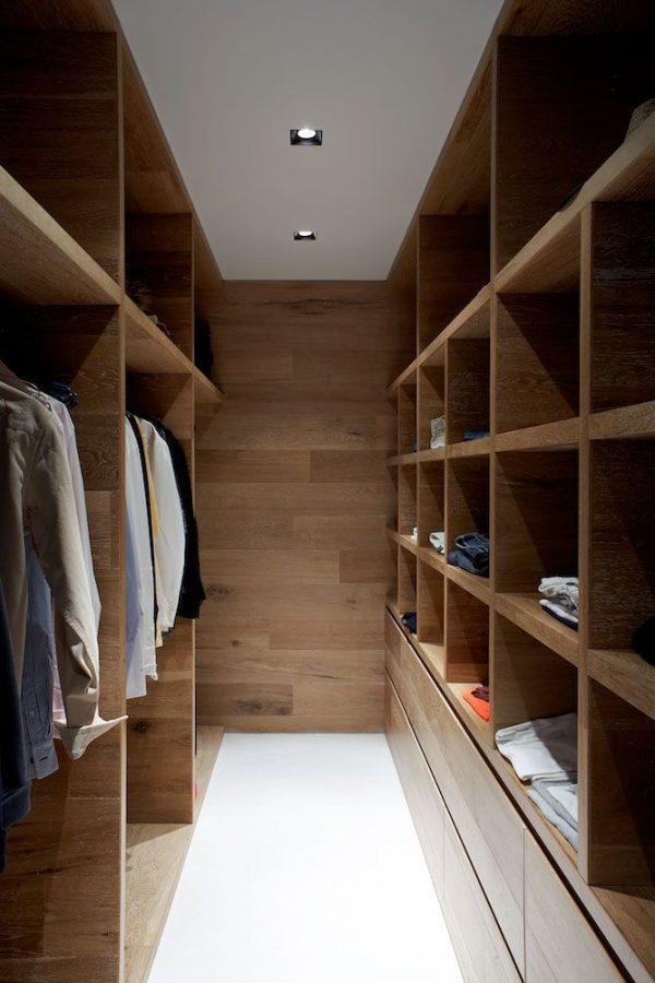 luxe-inloopkast-hout