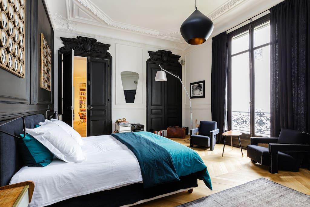 Dit luxe karakteristieke appartement in Parijs vind je op Airbnb!