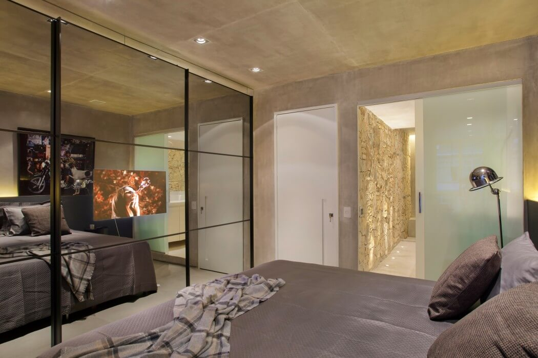 Badkamer met betonstuc homease - Designer woonkamer spiegel ...