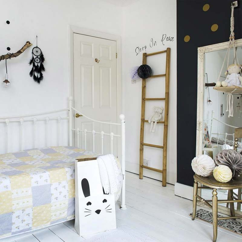 Meisjeskamer monochroom kleurenpalet