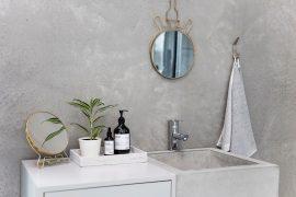 Dienblad in de badkamer