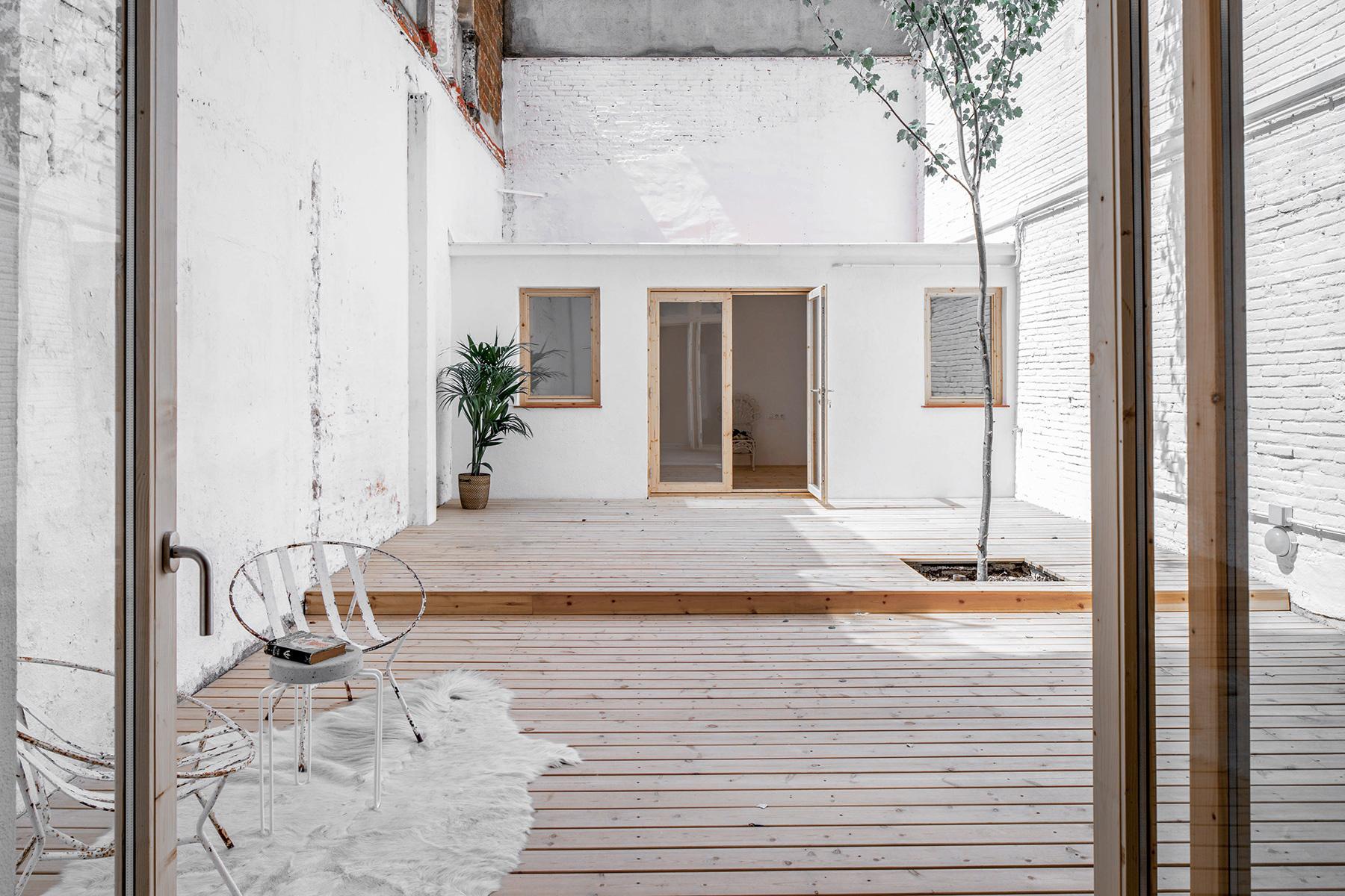 Minimalistische oase tuin in barcelona homease