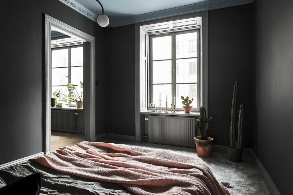 Minimalistische slaapkamer inloopkast combinatie