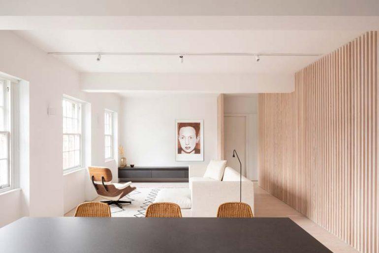 Modern appartement in Londen met natuurlijke materialen en kleurtinten