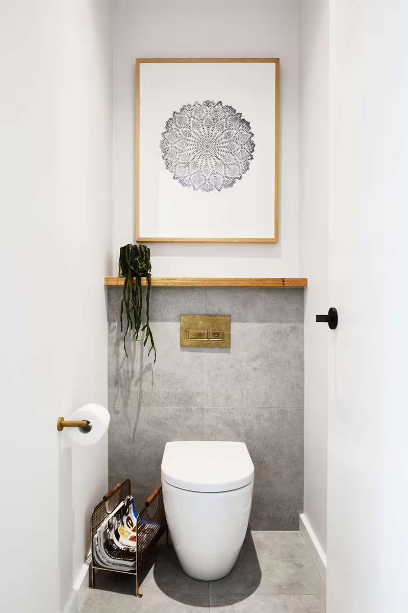 modern toilet messing details