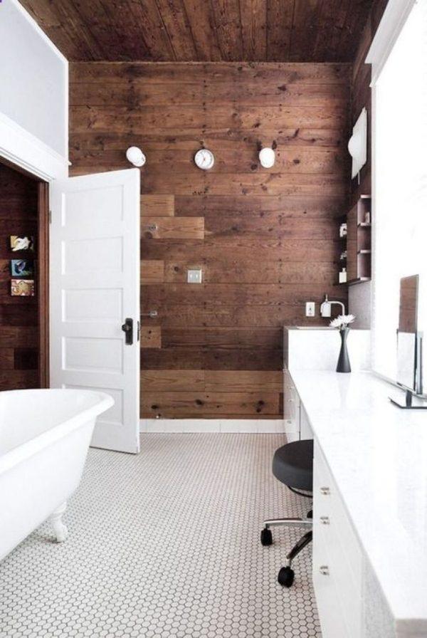 Moderne badkamer bad op pootjes