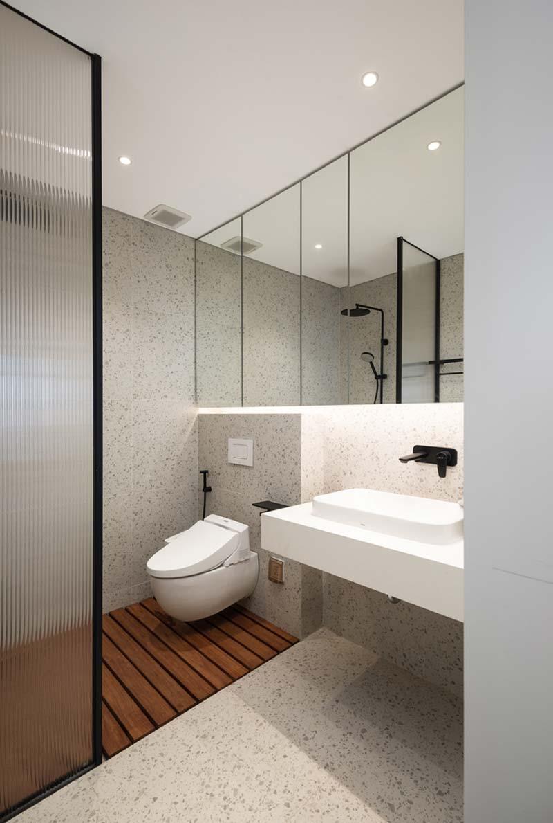 moderne badkamer terrazzo hout