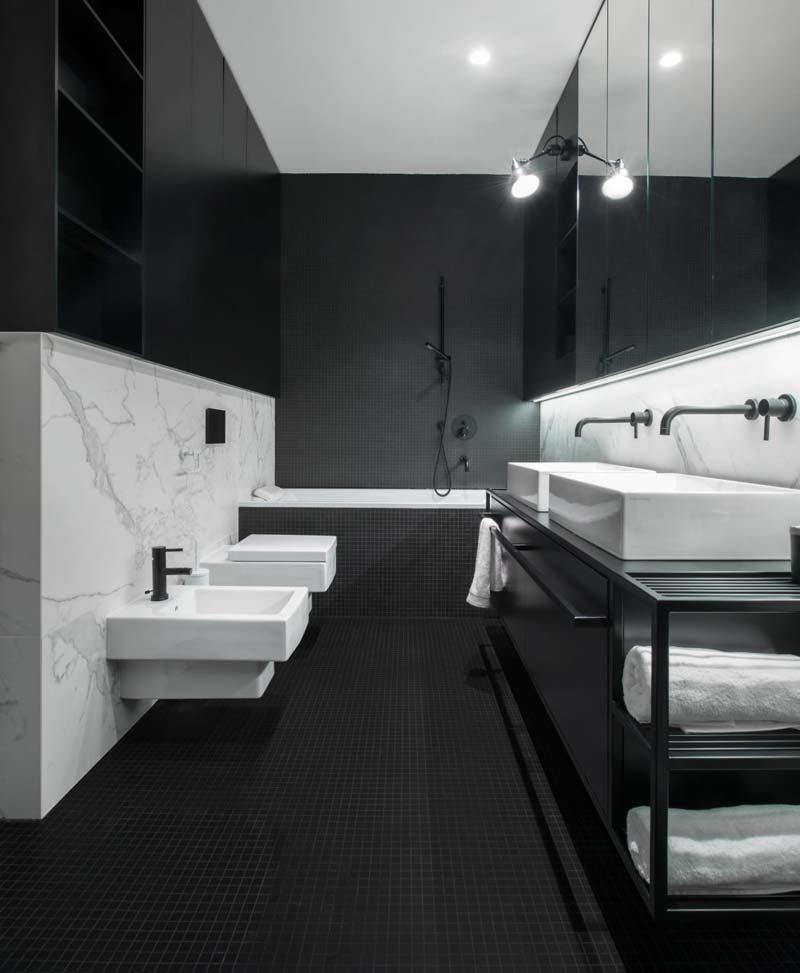 moderne badkamer zwart marmer