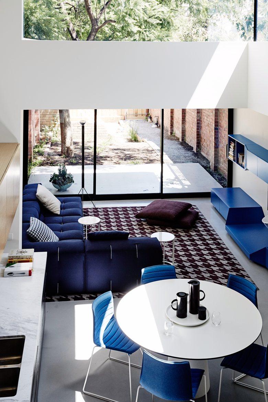 Moderne design woonkamer met tinten blauw