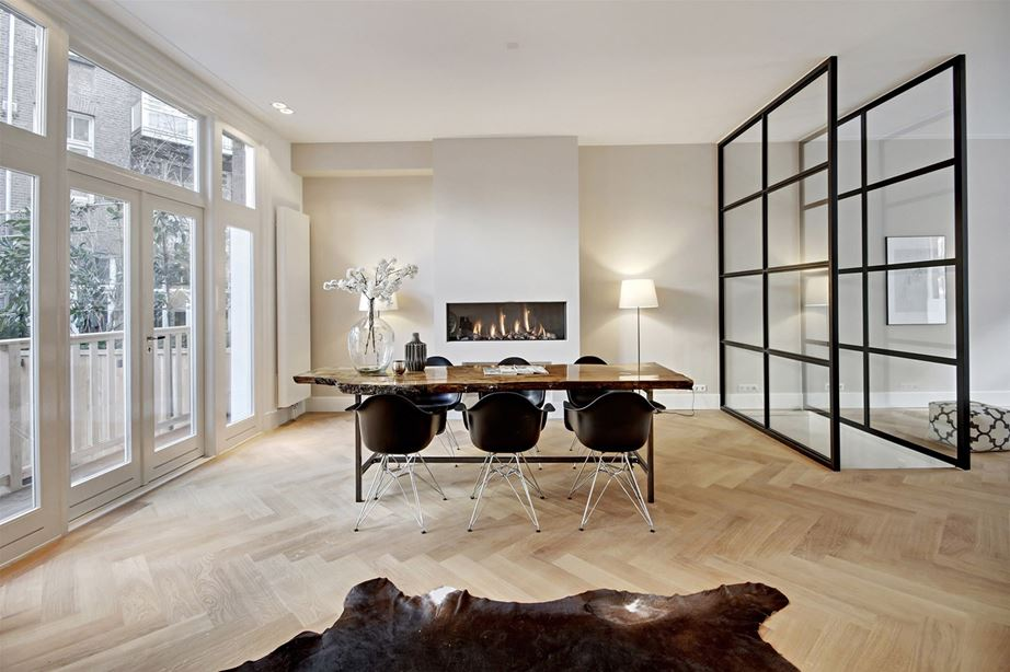Moderne klassieke woonkamer homease for Moderne woonkamer