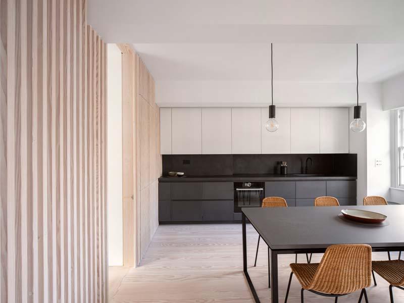 moderne zwarte keuken appartement londen