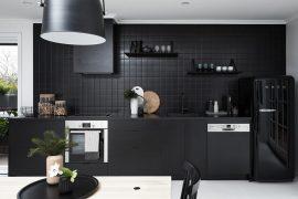 moderne-zwarte-keuken-nord-house-4