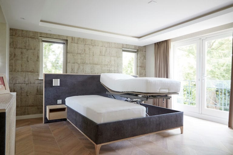 mooie senioren slaapkamer verstelbaar seniorenbed
