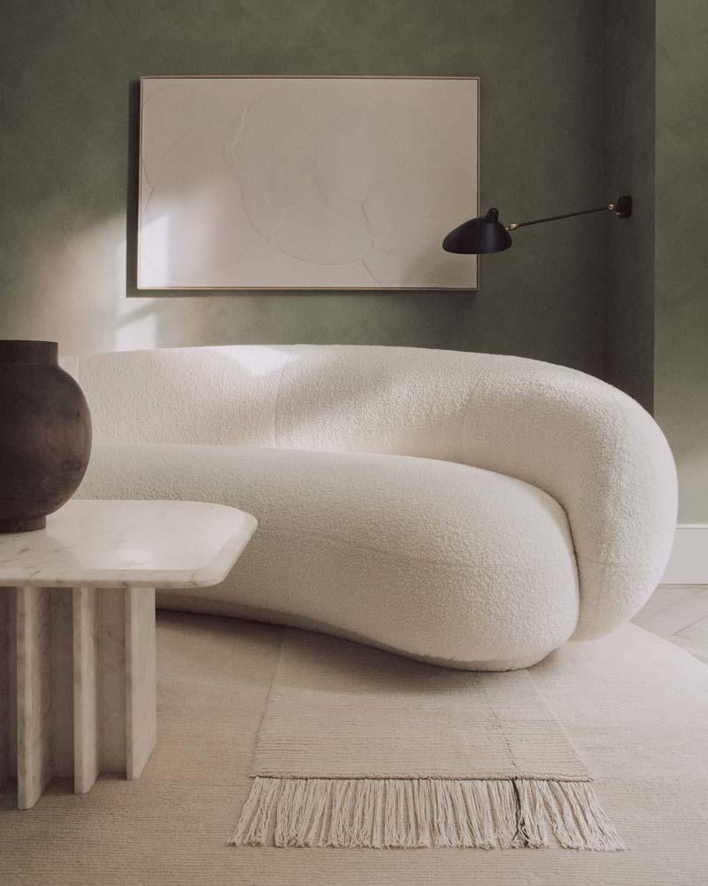 mooie witte bank ronde vorm