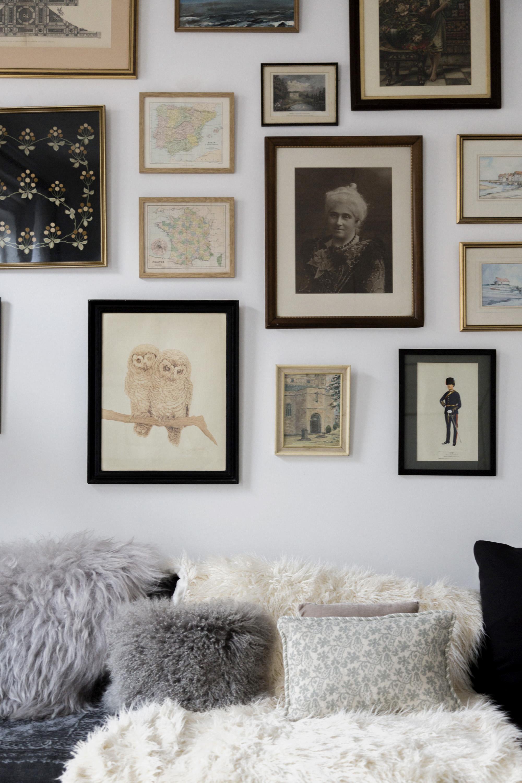 Deze mooie woonkamer is erg leuk ingericht met sfeervolle ...