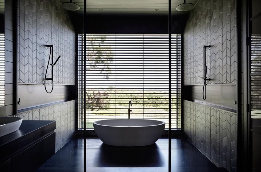 Mooie Moderne Badkamers : Mooie zwarte badkamer in een moderne woonboerderij homease
