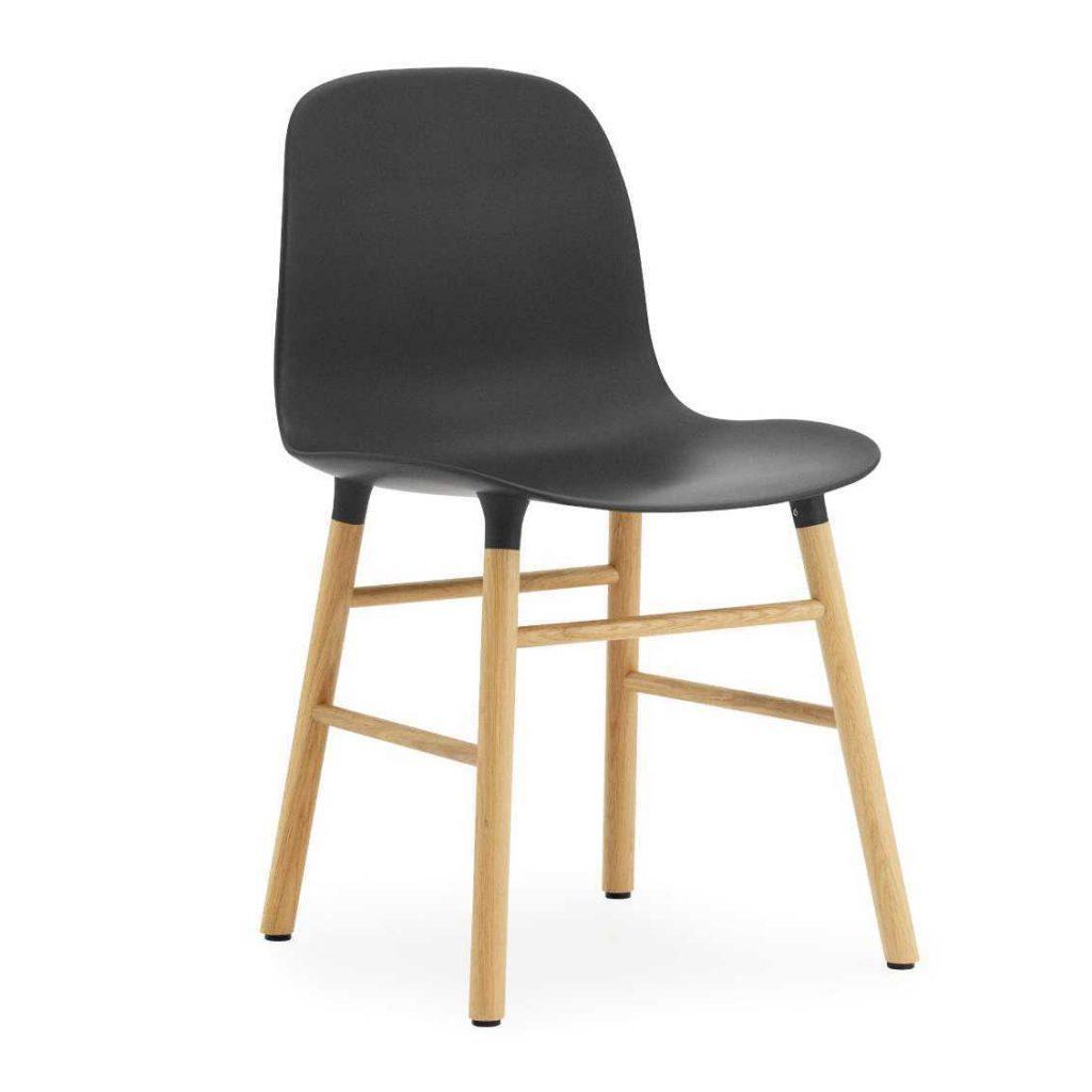 Normann Copenhagen Form stoel zwart