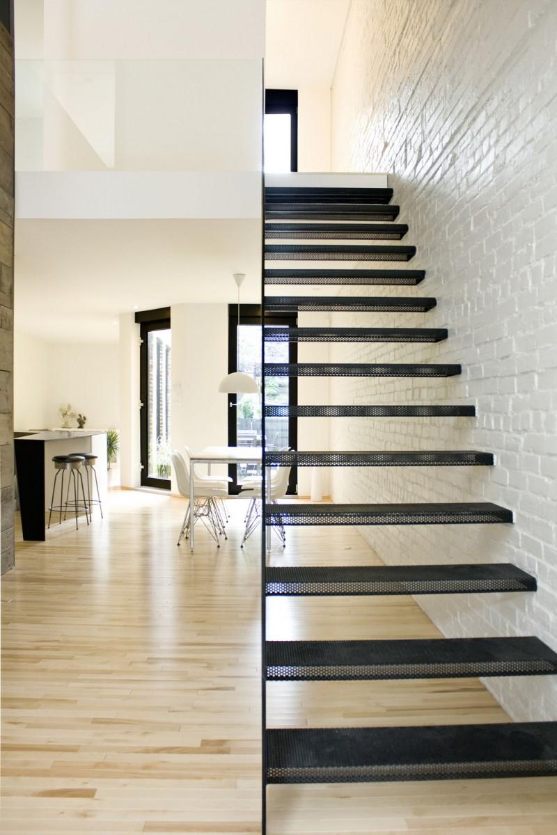 open trap dichtmaken met stootborden