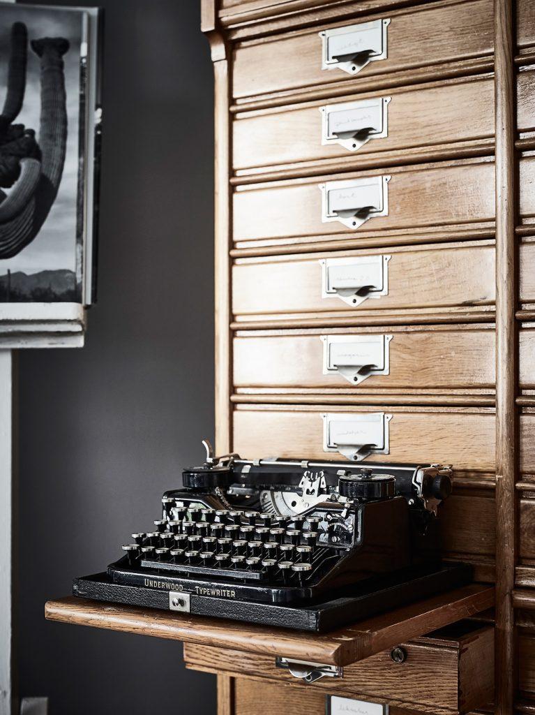 Originele woonkamer inspiratie? Neem een kijkje in deze woonkamer!