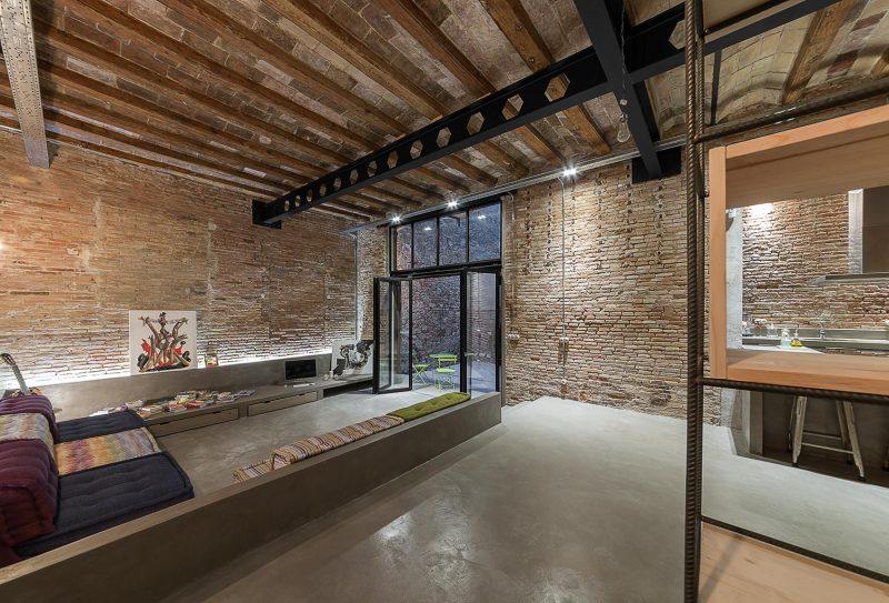Stoere Industriele Loft : Stoere keuken in herenhuis obly