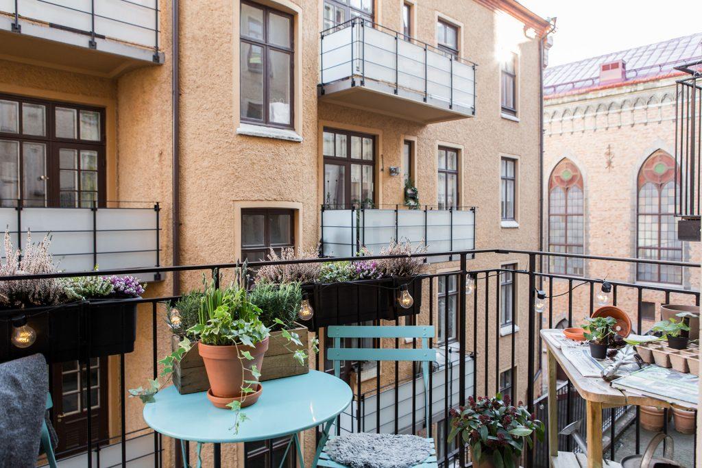 plantenbakken-balkonreling
