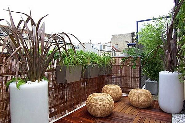 Rieten Balkon Meubels : Rieten afscherming op balkon homease