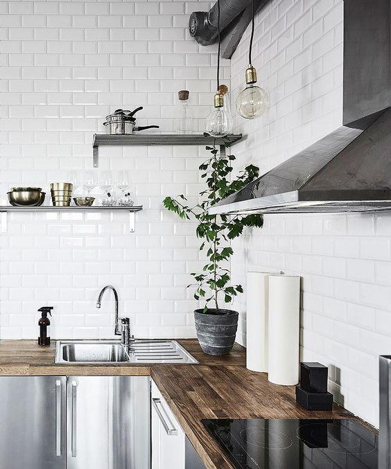 roestvrijstalen-keuken-houten-blad