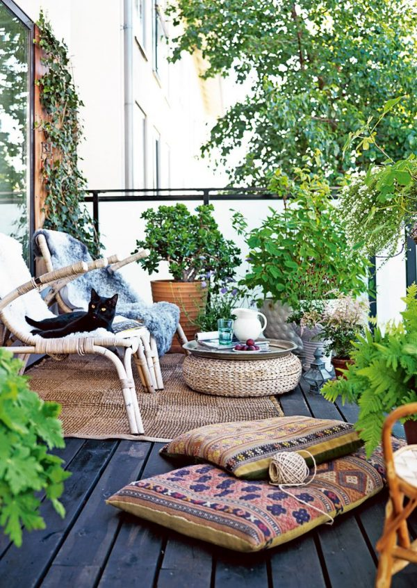 Ronde vloerkleed in tuin