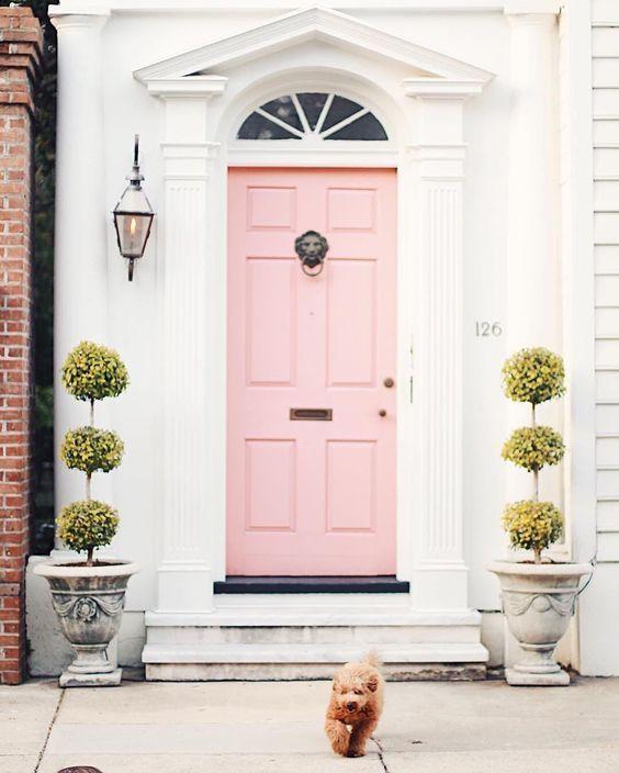 Roze voordeur