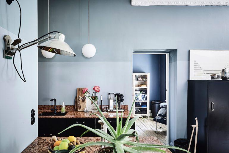 Dit Scandinavisch appartement heeft hele mooie gekleurde muren!
