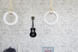 Scandinavische kinderkamer met leuk dieren behang