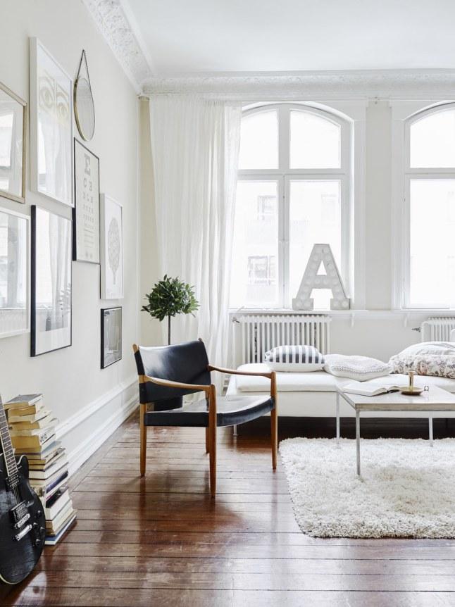 Mooi scandinavisch eenkamerappartement homease - Klassieke chique decoratie ...