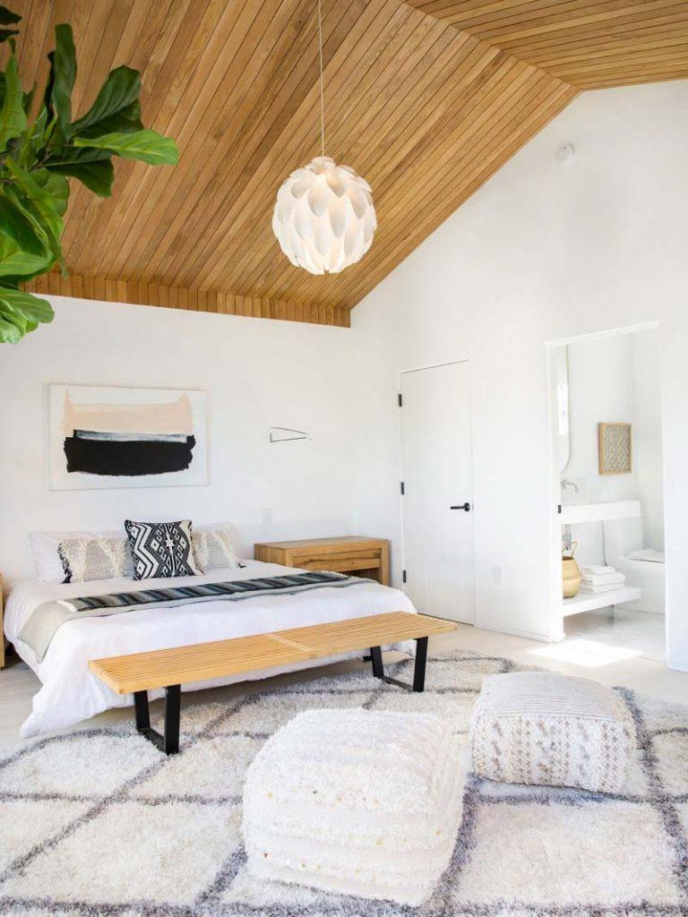 slaapkamer decoratie ideeën houten plafond