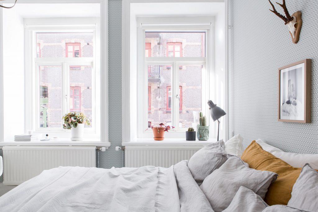 slaapkamer-grote-ramen