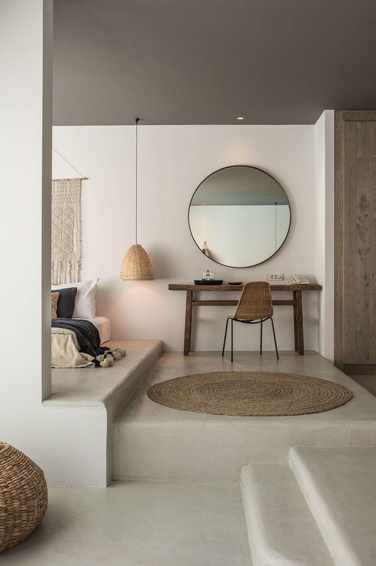 slaapkamer grote ronde spiegel