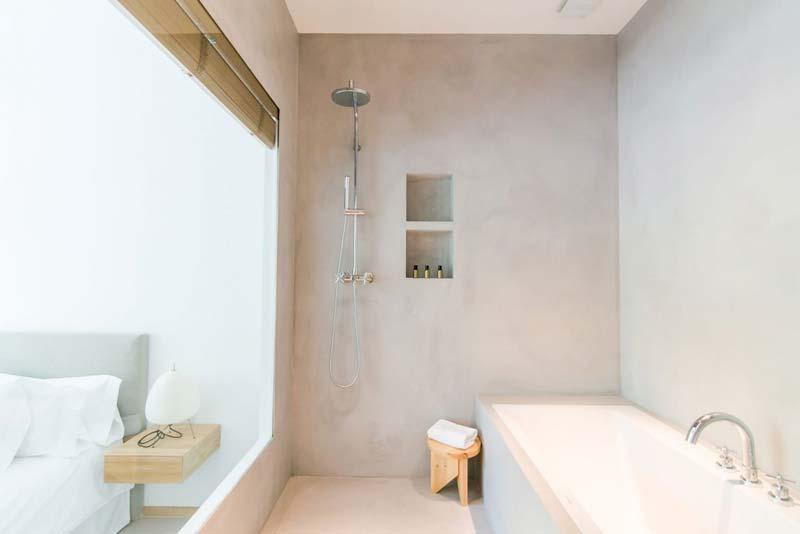 slaapkamer ideeën glazen wand badkamer