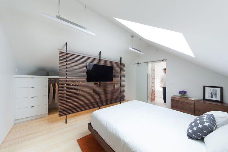 slaapkamer ideeën kast schuine wand