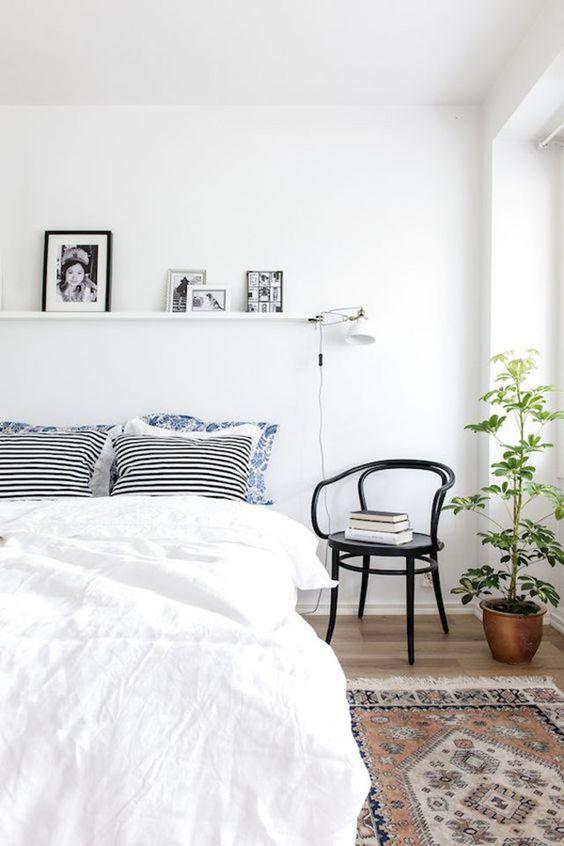 slaapkamer ideeën wandplank boven bed-3