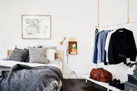 Slaapkamer in torenkamer van een appartement uit Zweden