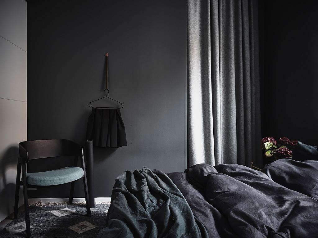 http://www.homease.nl/wp-content/uploads/slaapkamer-zwarte-muren-3.jpg