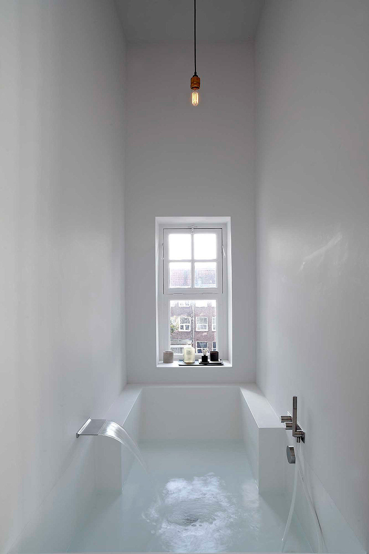 http://www.homease.nl/wp-content/uploads/smalle-badkamer-en-suite-is-geweldig-5.jpg