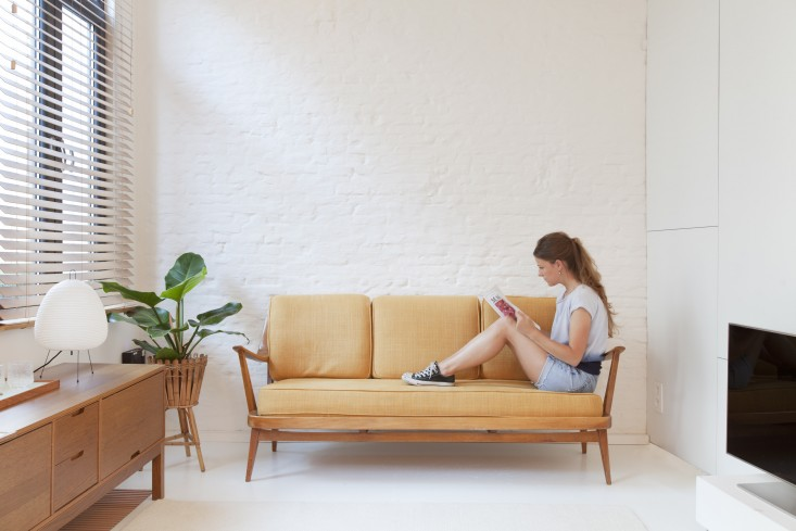 smalle woonkamer naadloze vloer
