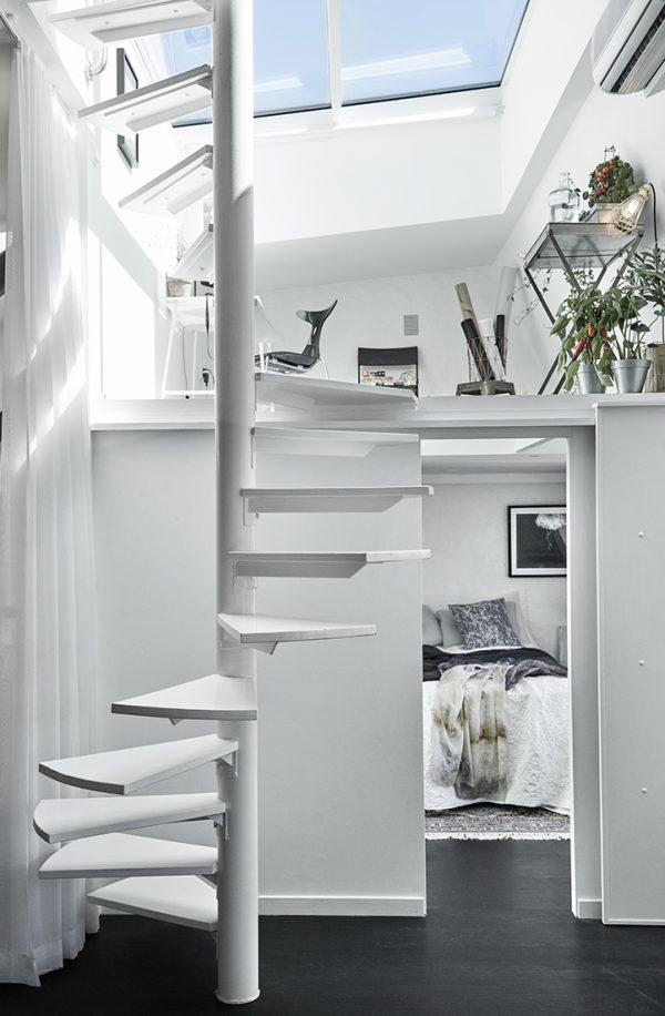 speelse-slaapkamer-onder-serre