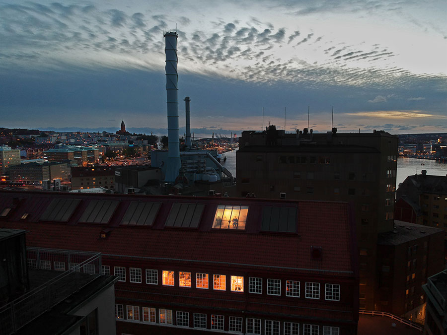 Stoer en ruimtelijk appartement in voormalige kartonfabriek