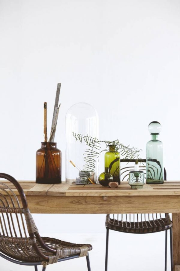 Stoere houten eettafel