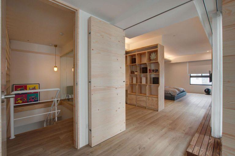 Dit thuiskantoor heeft een hele stoere underlayment wandkast-bureau