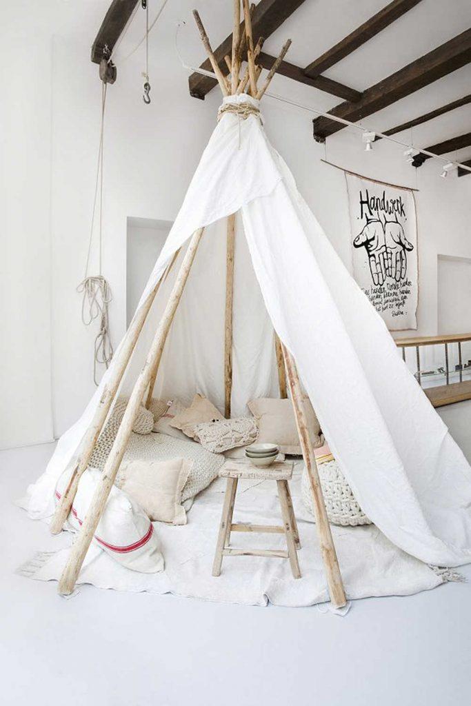 Een tipi tent in de kinderkamer